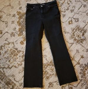 Levi's 512 slimming bootcut size 14. Black jeans!